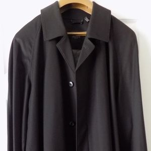 Sanyo New York Black Label Trench Coat 50L NWT